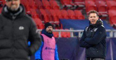 Trotz der unterschiedlichen Formkurven sieht Leipzigs Trainer Julian Nagelsmann seine Mannschaft gegen Liverpool nicht als Favoriten. Foto: Marton Monus/dpa