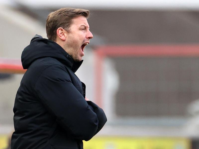 Kann mit Bremen einen großen Schritt Richtung Klassenerhalt machen: Werder-Coach Florian Kohfeldt. Foto: Rolf Vennenbernd/dpa