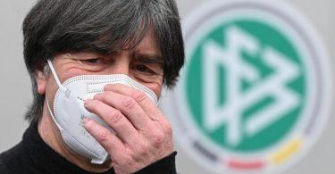Nachfolger gesucht:Bundestrainer Joachim Löw hört nach der EM im Sommer auf. Foto: Arne Dedert/dpa