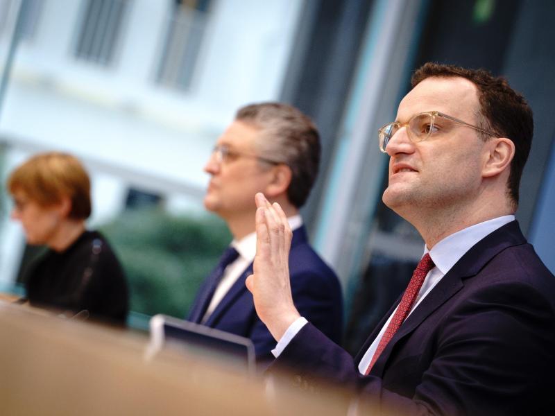 Bundesgesundheitsminister Jens Spahn und RKI-Chef Lothar H. Wieler bei der Pressekonferenz zur Corona-Lage. Foto: Kay Nietfeld/dpa