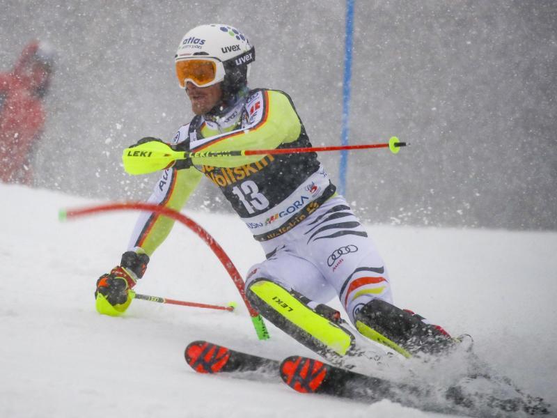 Linus Straßer beim ersten Lauf des Weltcup-Slaloms in Kranjska Gora. Foto: Marco Trovati/AP/dpa