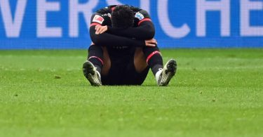 Nadiem Amiri und Bayer Leverkusen wirken nach der Niederlage gegen Bielefeld ratlos. Foto: Ina Fassbender/AFP-Pool/dpa