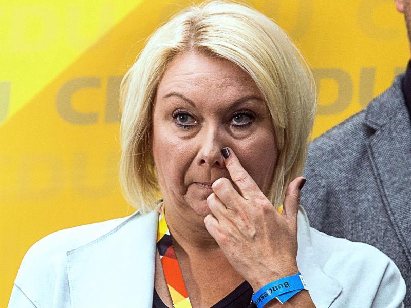 Ist im Alter von nur 53 Jahren auf einem Flug gestorben:CDU-Politikerin Karin Strenz. Foto: Jens Büttner/dpa-Zentralbild/dpa
