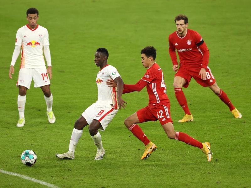 Der Bundesliga-Gipfel RB Leipzig gegen Bayern München findet definitiv ohne Zuschauer statt. Foto: Alexander Hassenstein/Getty Images Europe/Pool/dpa