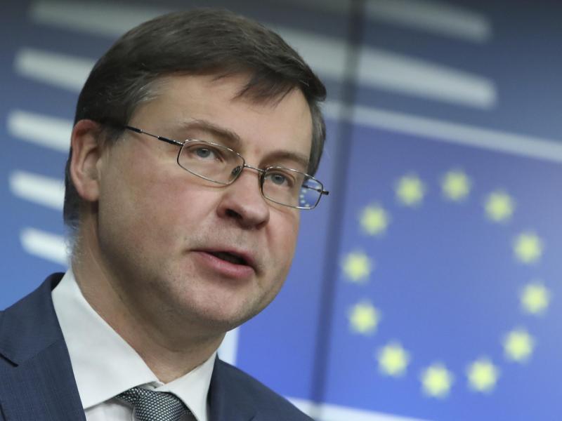 EU-Handelskommissar Valdis Dombrovskis versucht die Freihandelszone mit den Mercosur-Staaten zu retten. Foto: Yves Herman/Reuters Pool/AP/dpa