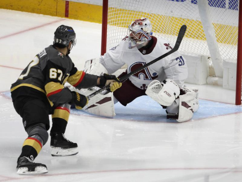 Siegte mit Colorado gegen die Vegas Golden Knights: Avalanche-Goalie Philipp Grubauer. Foto: Joe Mahoney/AP/dpa