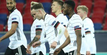 Deutschlands U21 ist nach dem EM-Auftaktsieg gegen Ungarn nun im Klassiker gegen die Niederlande gefordert. Foto: Csaba Domotor/dpa
