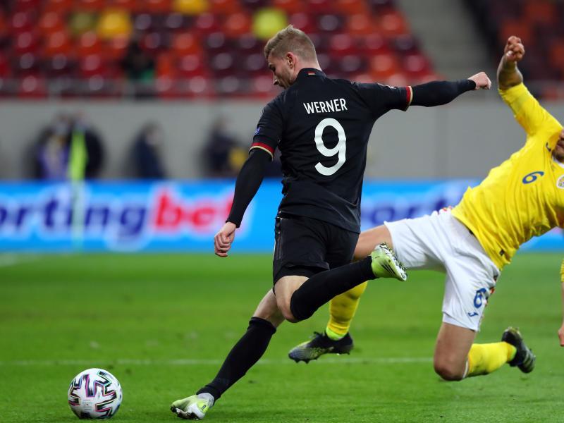 Kam gegen Rumänien 14 Minuten zum Einsatz: Timo Werner (l). Foto: Stefan Constantin/dpa