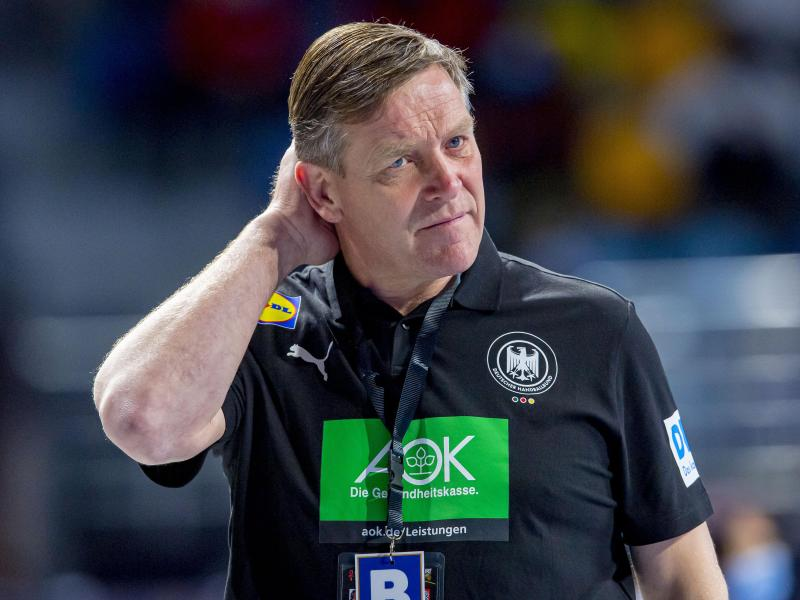 Bundestrainer Alfred Gislason trifft mit den deutschen Handballern in der Gruppenphase der Olympischen Spiele auf schwere Gegner. Foto: Sascha Klahn/dpa