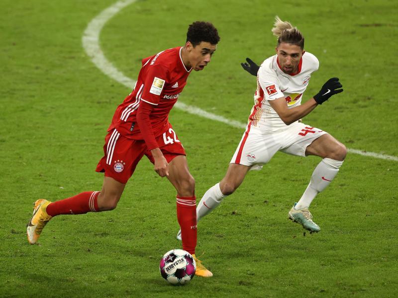 Das Spitzenspiel zwischen RB Leipzig und Bayern München überstrahlt den 27. Spieltag der Fußball-Bundesliga am Osterwochenende. Foto: Alexander Hassenstein/Getty Images Europe/Pool/dpa