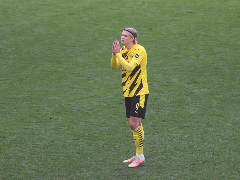 BVB-Stürmerstar Erling Haaland konnte die Niederlage gegen Frankfurt nicht fassen. Foto: Lars Baron/Pool Getty/dpa