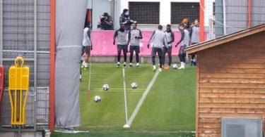 Abschlusstraining des FC Bayern auf dem Trainingsgelände an der Säbener Straße. Foto: Sven Hoppe/dpa