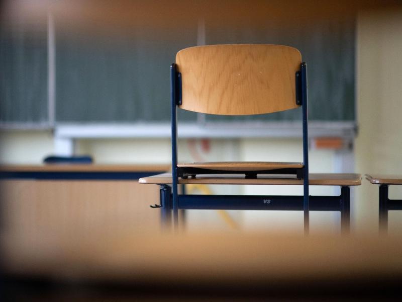 Für Schülerinnen und Schüler sowie Lehrkräfte gelten in den kommenden Wochen unterschiedliche Regeln. Foto: Marijan Murat/dpa
