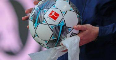 Die angespannte Corona-Lage stellt den Profi-Fußball im Saisonendspurt vor viele Probleme. Foto: Jan Woitas/dpa-Zentralbild/dpa