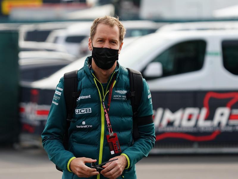 Hofft für die weitere Saison auf Upgrades für seinen Aston Martin: Sebastian Vettel. Foto: Hasan Bratic/dpa