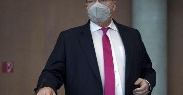 Wirtschaftsminister Peter Altmaier (CDU) kommt zur Befragung im Untersuchungsausschuss zum Bilanzskandal um das Unternehmen Wirecard. Foto: Michael Sohn/AP-Pool/dpa