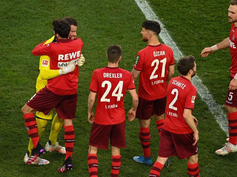 Der 1. FC Köln schöpft nach dem Überraschungs-Coup gegen RB Leipzig wieder Hoffnung im Kampf um den Klassenerhalt. Foto: Lukas Schulze/Getty Images Pool/dpa