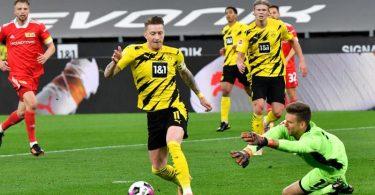 Marco Reus (M) sorgte beim Dortmunder Sieg gegen Union Berlin für die BVB-Führung. Foto: Martin Meissner/AP Pool/dpa