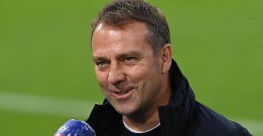 Hansi Flick möchte als Bayern Trainer aufhören. Heuert er erneut beim DFB an?. Foto: Christoph Stache/AFP Pool/dpa
