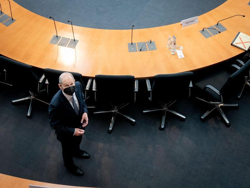 Bundesfinanzminister Olaf Scholz kommt zur Sitzung des Wirecard-Untersuchungsausschusses in Berlin. Foto: Kay Nietfeld/dpa-POOL/dpa