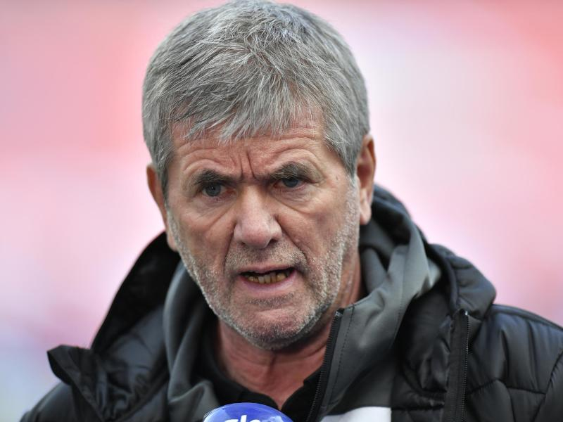 Schöpft mit Köln neue Hoffnung im Abstiegskampf: FC-Coach Friedhelm Funkel. Foto: Martin Meissner/AP-Pool/dpa