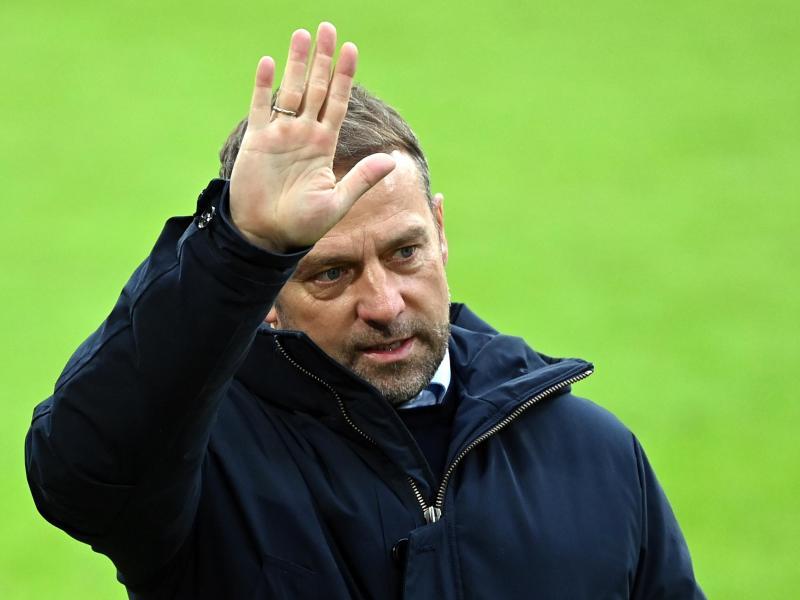 Winkt mit dem FC Bayern sein zweiter Meistertitel als FCB-Coach: Hansi Flick. Foto: Matthias Balk/dpa POOL/dpa