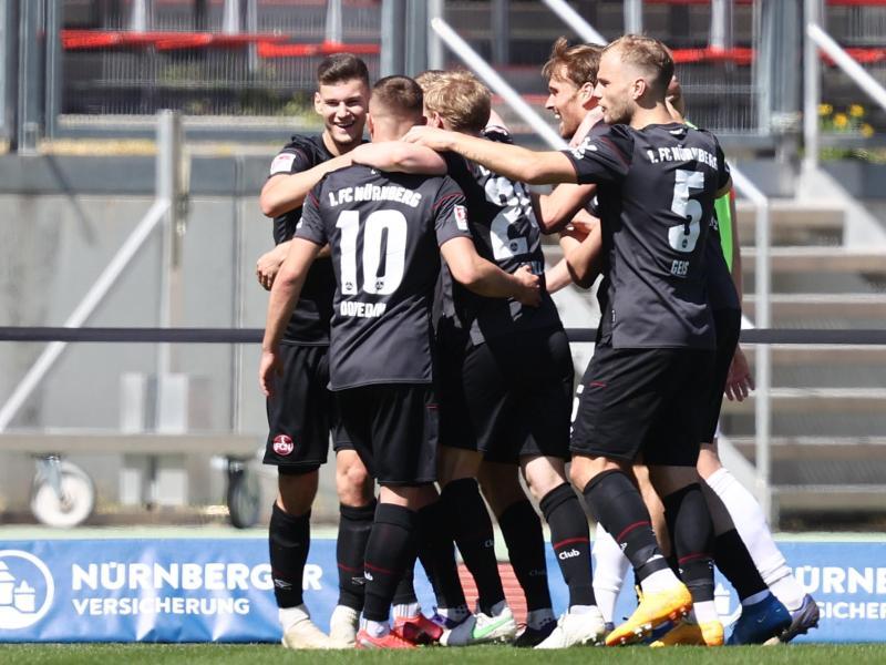 Der 1. FC Nürnberg kam zu einem letztlich verdienten Heimsieg gegen Heidenheim. Foto: Daniel Karmann/dpa