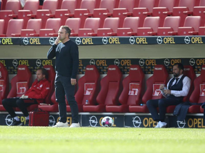 Bedient: Für Bayern-Trainer Hansi Flick und sein Team gab es in Mainz nichts zu holen. Foto: Tom Weller/dpa-Pool/dpa