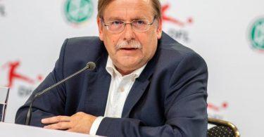 Rainer Koch ist deutlich gegen eine mögliche Ablösesumme für einen Bundestrainer. Foto: Andreas Gora/dpa