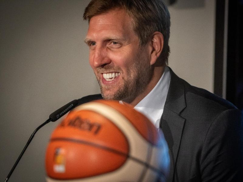 Dirk Nowitzki ist für die EM 2022 als Botschafter tätig. Foto: Lucas Kröger/Deutscher Basketball Bund/DBB/dpa
