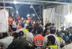Ersthelfer versorgen in Meron Menschen nach einer Massenpanik, bei der es auch Tote gab. Foto: -/Magen David Adom/dpa