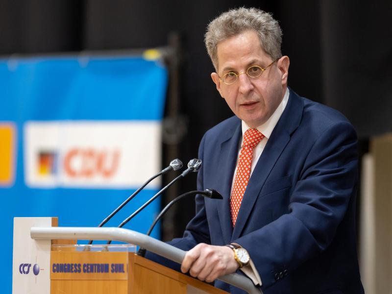 CDU-Mann Hans-Georg Maaßen grenzt sich nach seiner Kür zum Thüringer Direktkandidat für den Bundestag von der AfD ab. Foto: Michael Reichel/dpa