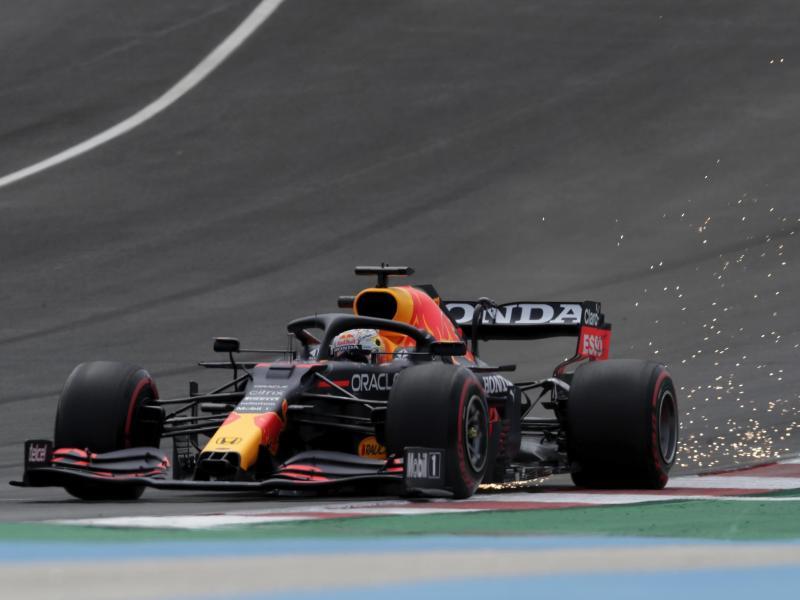 Ist im letzten Training vor dem Qualifying Bestzeit gefahren: Max Verstappen vom Team Red Bull Racing. Foto: Manu Fernandez/AP/dpa