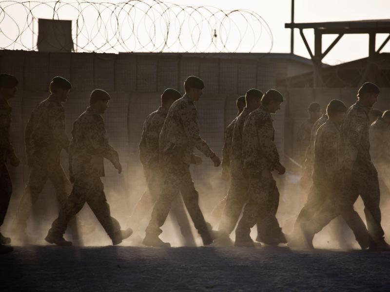 Die Nato zieht aus Afghanistan ab - die politische Zukunft des Landes ist ungewiss. Foto: Michael Kappeler/dpa/Archivbild