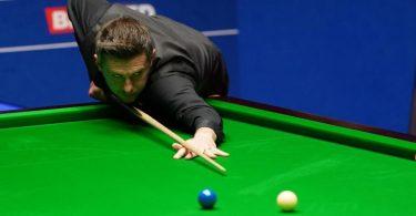 Mark Selby setzt sich im Finale mit 18:15 gegen Shaun Murphy durch. Foto: Zac Goodwin/PA Wire/dpa