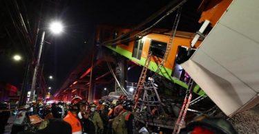 Rettungskräfte sind an einer eingestürzten U-Bahnbrücke in Mexikos Hauptstadt im Einsatz. Foto: El Universal/El Universal via ZUMA Wire/dpa