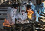 Einäscherung eines an den Folgen einer Covid-19-Erkrankung Verstorbenen in Indiens Hauptstadt Neu-Delhi. Foto: Channi Anand/AP/dpa