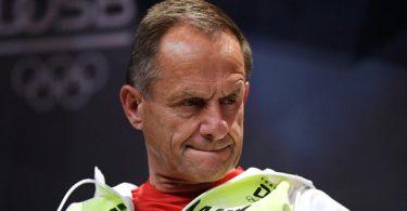 DOSB-Präsident Alfons Hörmann gerät unter Druck. Foto: Ina Fassbender/AFP POOL/dpa