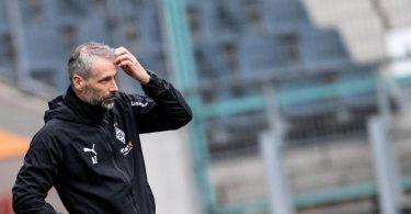 Musste in seinem letzten Heimspiel als Gladbach-Coach eine Pleite hinnehmen. Foto: Marius Becker/dpa