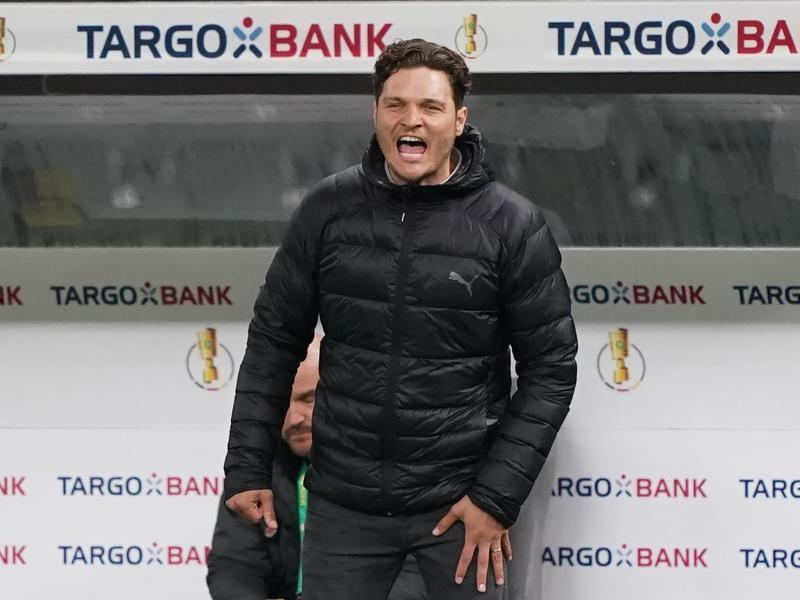 Dortmunds Trainer Edin Terzic könnte den BVB trotz der Erfolge verlassen. Grund:Marco Rose kommt. Foto: Michael Sohn/AP-Pool/dpa