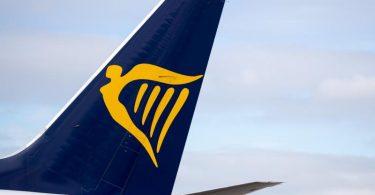Ryanair hoff auf Lockerungen - geht aber zunächst von wenigen Passagieren aus. Foto: Daniel Karmann/dpa