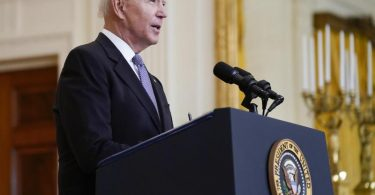 Die Biden-Regierung steht nach den neuesten Vorwürfen unter Druck. Foto: Evan Vucci/AP/dpa