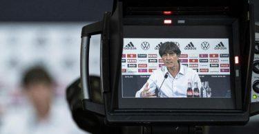 Bundestrainer Joachim Löw hat seinen Kader für die EM bekanntgeben. Foto: Thomas Böcker/DFB-Pool/dpa