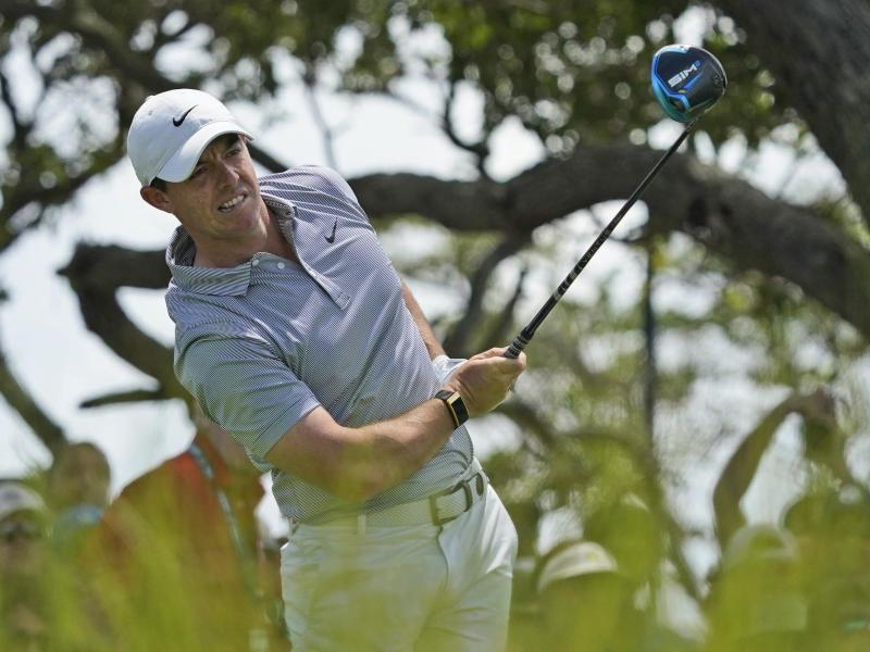 Rory McIlroy gehört bei der PGA Championship zu den Favoriten. Foto: Matt York/AP/dpa