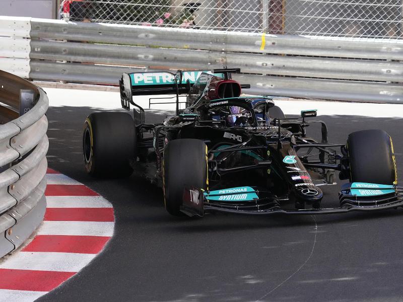 Lewis Hamilton findet das Rennen in Monaco für die Fans zu langweilig. Foto: Hasan Bratic/dpa