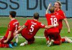 Der 1. FCKöln hat sich am 34. Spieltag mit einem 1:0-Sieg über den FCSchalke 04 in die Relegation gerettet. Foto: Thilo Schmuelgen/Reuters-Pool/dpa