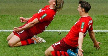 Die Chancen des 1. FC Köln in der Relegation stehen laut Statistik gut. Foto: Thilo Schmuelgen/Reuters-Pool/dpa