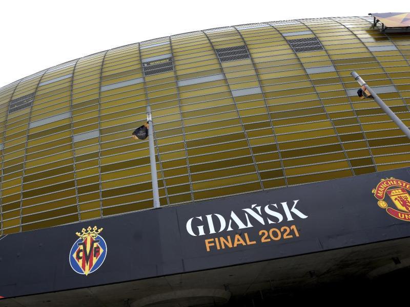 In der «Polsat Plus Arena» in Danzig findet das Endspiel zwischen United und Villarreal statt. Foto: Michael Sohn/AP/dpa
