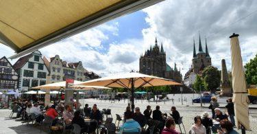 Der Domplatz in Erfurt: Thüringen weist jetzt eine 7-Tage-Inzidenz von 47,5 auf. Foto: Martin Schutt/dpa-Zentralbild/dpa