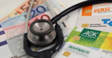 Ab sofort gehören unter anderem regelmäßige Vorsorgeuntersuchungen auf Hepatitis Bund C zu den Leistungen der Gesetzlichen Krankenkassen. Foto: picture alliance / dpa